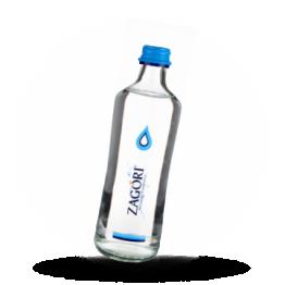 Mineralwasser Naturlich, ohne Kohlensäure
